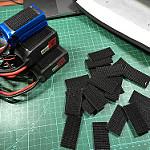 FPVドローンレーサーのバッテリーを固定する方法